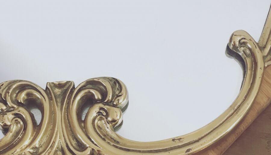 Miroir ancien doré – 58 x 40 cm